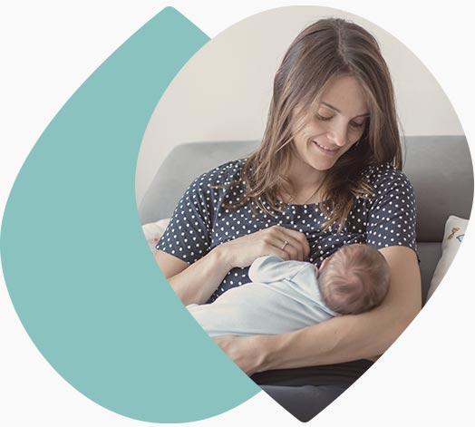 Jeune maman et son bébé